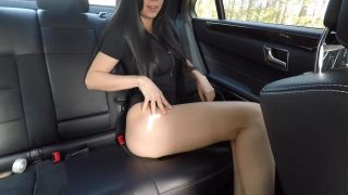 Hot Girl Masturbating On Back Seat Of The Car And Wasn