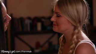 Mommysgirl Curious Teen Shows Lesbian Desires