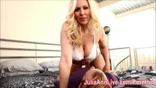 Busty Milf Julia Ann Demands Cum On Her Tits!