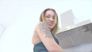 Youthful Woman Shelley Bliss Comes Back For More Anal Gape
