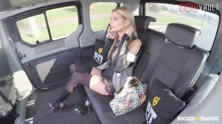 Vipsexvault - Taxi Driver Cums Many Times In A Hot Young Clit